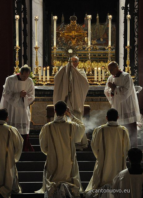 Solemnity of the Body and Blood of Christ in Rome (31/05/2013).