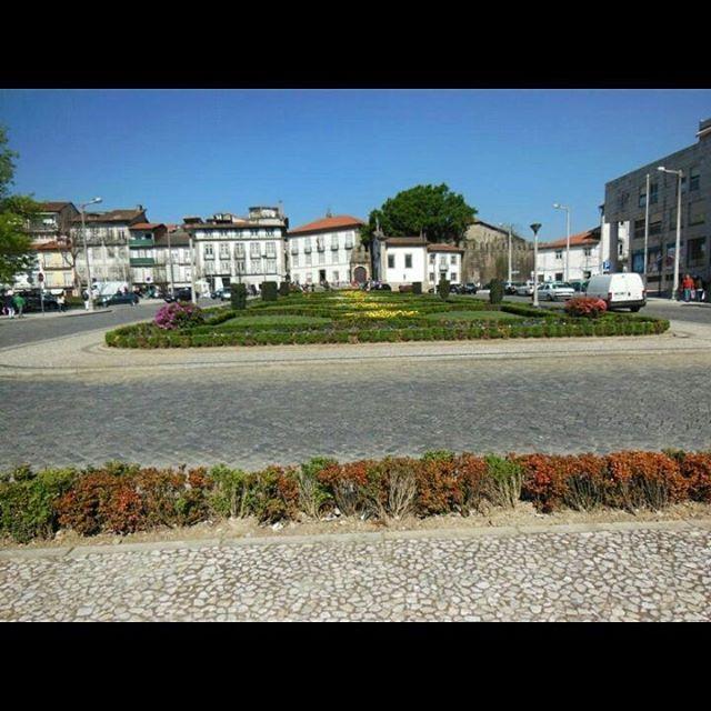 Descubriendo #Guimaraes (#Portugal) en un día http://bit.ly/26JxYex