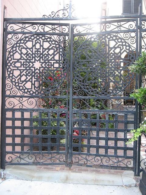 10 images about charleston gates on pinterest iron for Charleston style fence