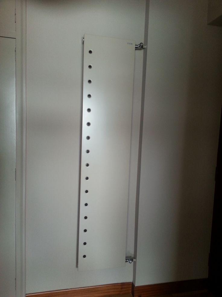 radiador hall lacado en tono de pared