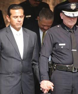 LA Mayor Antonio Villaraigosa and former LAPD Chief Bratton in a moment of zen