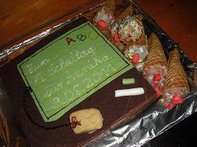 moppeline123: Einschulung - samt Kuchen und Tonnen von Geschenken...