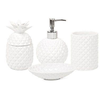 Pineapple bathroom set