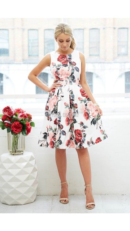 Halo Dress in White with Red Rose