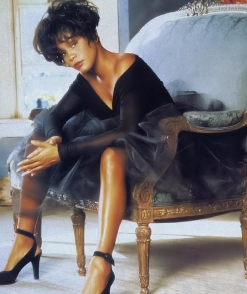 Whitney Houston.....Stunning !  RIP