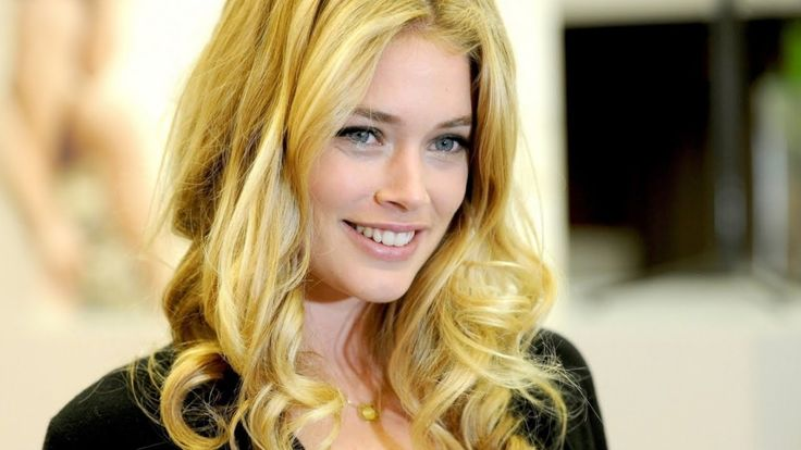 Beautiful Dutch Women, Netherlands - People