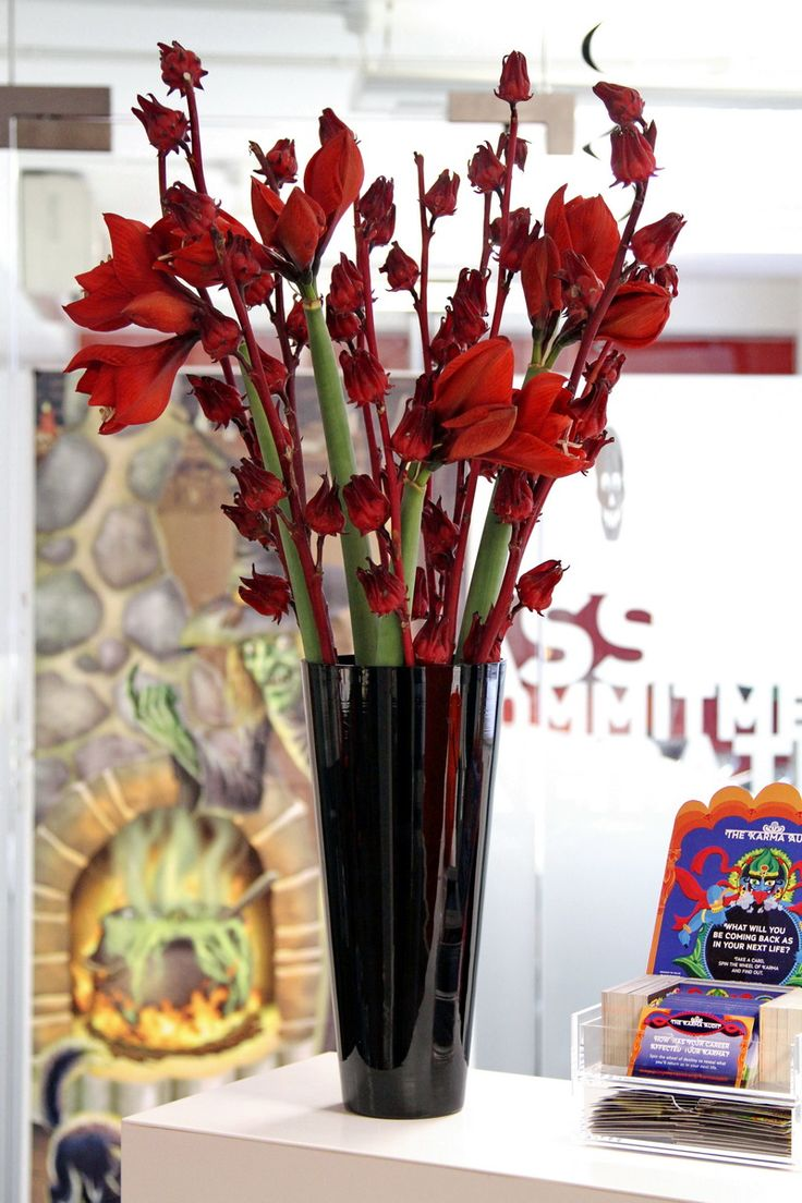 Flowers in vase next day delivery - Red Flowers Ordered Online Flower Delivery London Same Day And Next Day Flower Delivery Uk
