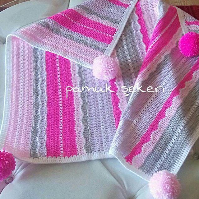 Hayırlı akşamlar arkadaşlar. Bebek battaniyesi satıştadır, hemen teslim edilir.  Boyutları 80*70 cm.  #dekoratifyastık #kırlent #yastık #Bebek #Battaniyesi #pamukşekeri #deryabaykal #crochet #handmade #babyblanket #knitting #hediyelik #bebek #eşyaları #hediyelik #bebek #battaniyelerisatış #bebek #battaniyeleri #fiyatları #siparişalınır #yeşil #mavi #kırmızı #pembe #sarı #dizüstübattaniye