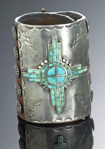 A Navajo bow guard