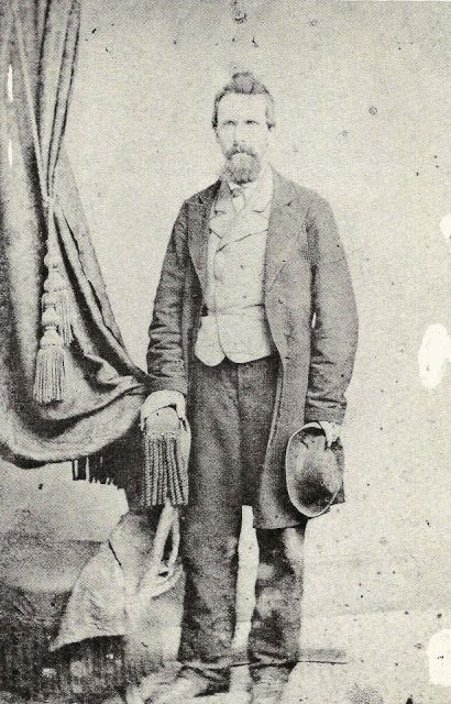 O doutor Josiah Pitts, em foto de 1866, tirada em Nashville, Tennessee. Pitts foi um oficial confederado que decidiu morar na Amazônia brasileira após o fim da Guerra Civil Americana. Fonte: blog História Mundi.