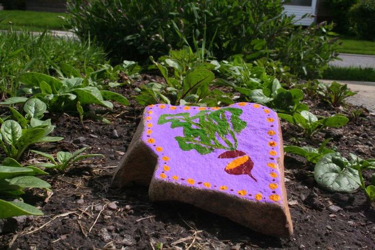 I Like The Idea Of Painting Rocks For Garden Markers