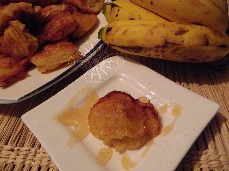Los bananos son la fruta más popular del mundo. El nombre científico es Musa paradisiaca y los nombres comunes banano, plátano, cambur, t...