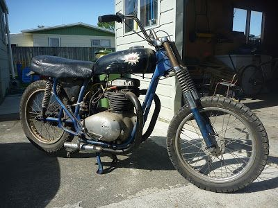 BRITISH IRONWORKS: '65 BSA A65 Thunderolt