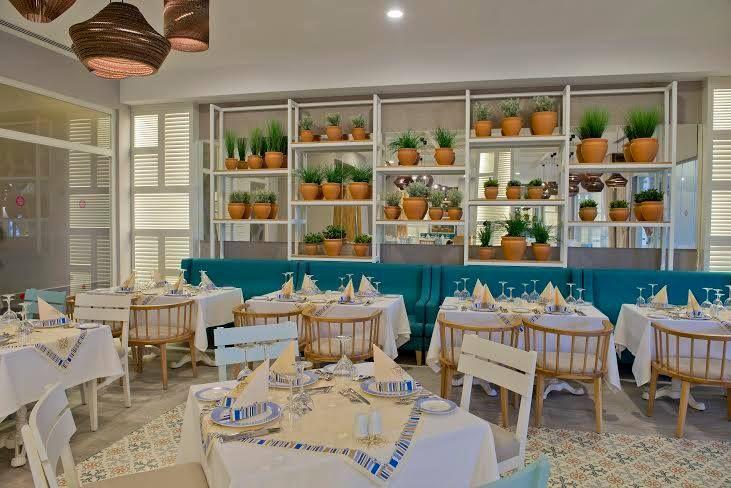 """""""Barut Kemer'deki Ocean Restoran sizlere denizden gelen nefis lezzetler sunuyor!""""  """"Ocean Restaurant at Barut Kemer serves you heavenly flavors coming from the sea!"""""""