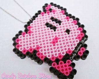 Super Kirby Nintendo Collier - Perler Beads - perles Hama PixelArt - miniatures - accessoires bijoux - maison de poupée - jeux vidéo