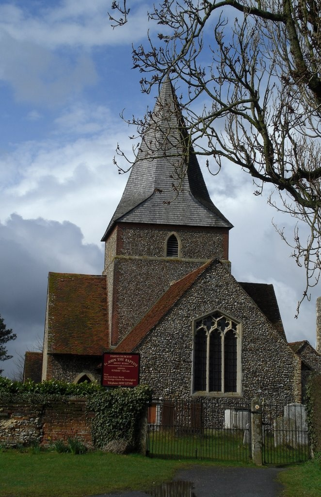 St John The Baptist Church, Mount Bures, Essex, England. Photo by Rob Piech - http://www.panoramio.com/user/1404361