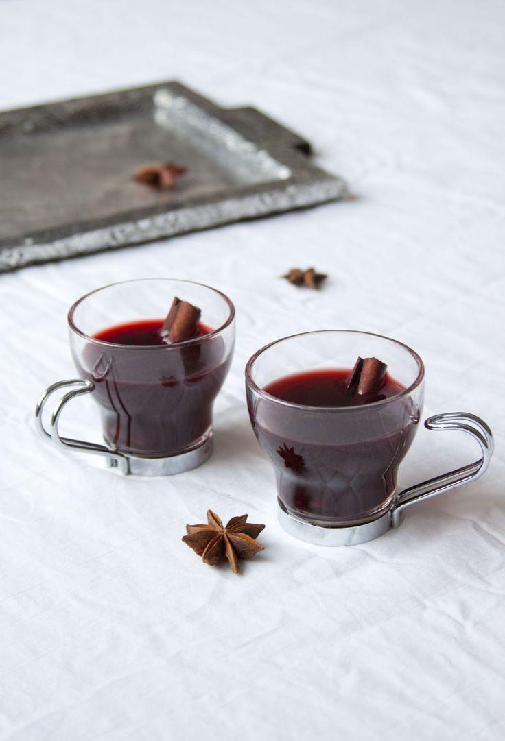 Lämmittävä Hibiscus-juoma | Vegevaara.fi - Ruokablogi