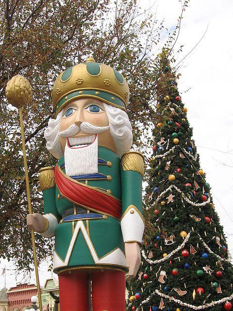 Giant Christmas Nutcrackers | 3128501200_6f5c384d93_z.jpg?zz=1