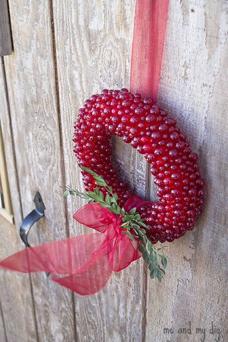 1000 images about christmas decorations on pinterest for Artificial cranberries decoration