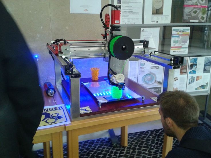 Arduino-based BuildersBot machine, which he describes as a CNC Router that is also capable of 3D printing