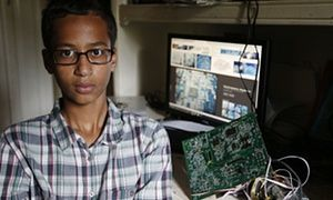 #IStandWithAhmed : Obama joins supporters rallying around Texas teen / #guardian | #socialmedia