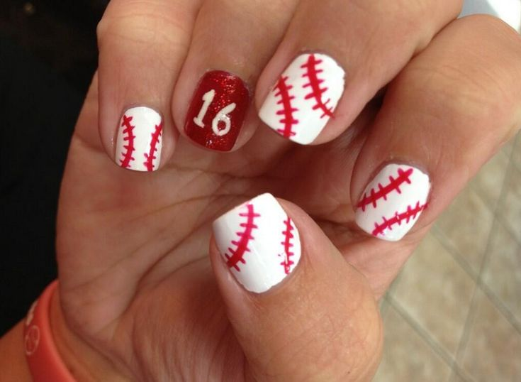 Beautiful Baseball Nail Ideas