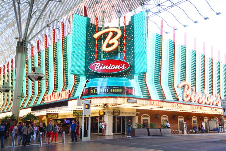 12 Things You Absolutely Must Do in Las Vegas - Vital Vegas - craps @Jacquie Binion's casino
