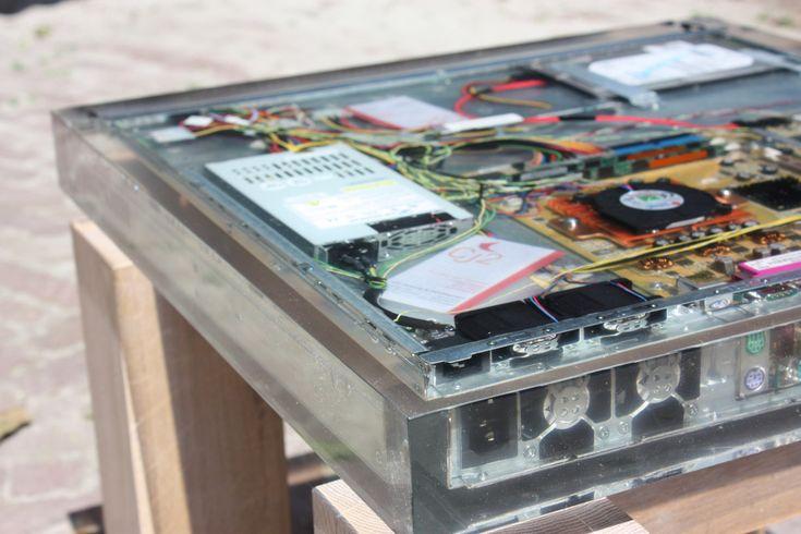 computer-tafel-eiken-onderstel-epoxy-2