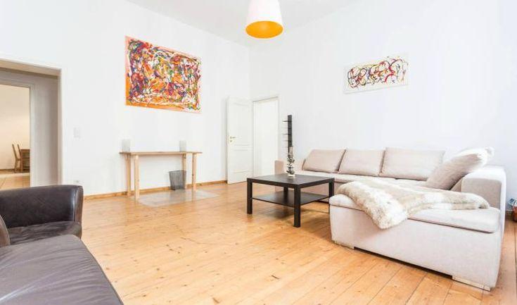 Die besten 25 rent apartment berlin ideen auf pinterest for Wohnzimmer zur mitte