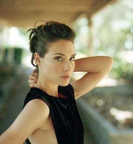 Claire Forlani Height and Weight Stats