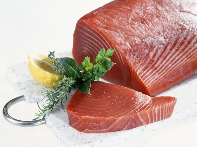 Do you know your bluefin tuna from your albacore tuna? Learn about the different tuna varieties so you can choose the right fish for your recipes.