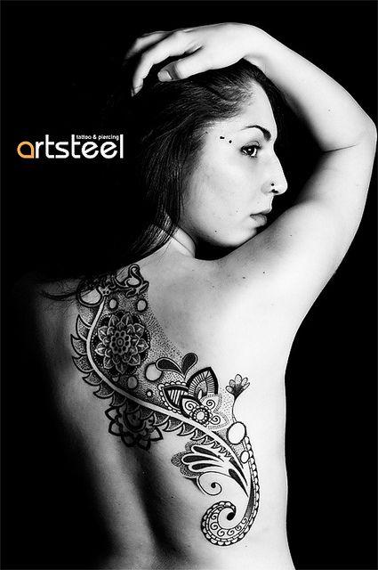 Artsteel Tattoo  Piercing by Rafael Moyano via FlickrTattoo Ideas, Tattoo Amp, Tattoo Piercing, Back Henna Tattoo, Back Tattoo, Paisley Tattoo, Artsteel Tattoo, Design Tattoo, Details Tattoo