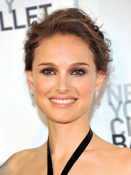 YOU GLOW, GIRL  Highlighter is an often-overlooked – but totally key – component of a radiant makeup look. A swipe on the cheekbones is standard, but for a sexy allover gleam, makeup artist Beau Nelson brushed Dior Poudre Shimmer in Rose Diamond on Natalie Portman's cheekbones, brow bones, bridge of the nose and cupid's bow.