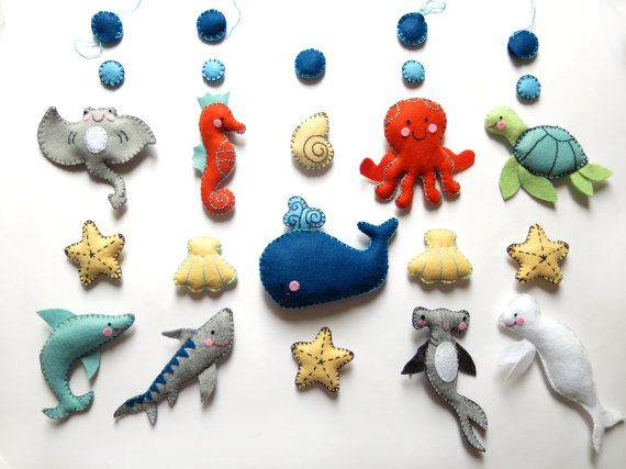 """BABY MOBILE """"The blue whale"""" BIG version with 15 figures / Handmade with wool felt / Sea creatures, ocean mobile for baby crib"""
