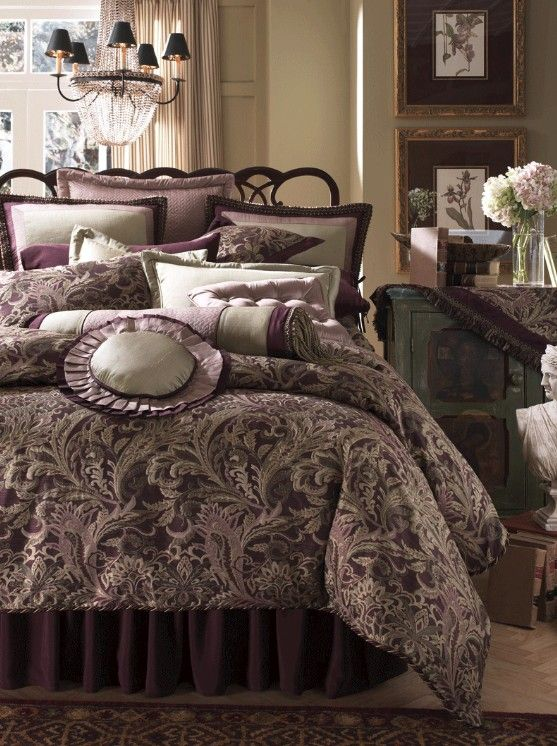 Luxury Bed Linen Purple Bedding Sets Pictures 7
