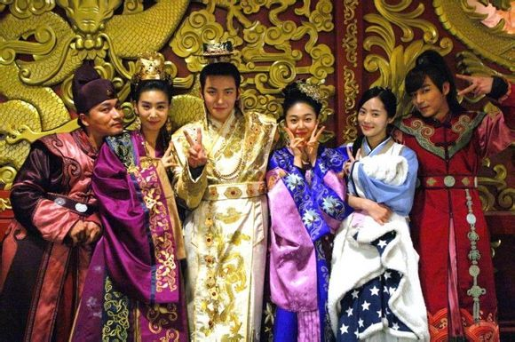 "Main cast of the show ""Empress Ki"". From left: Tal Tal, Yeon Hwa, Danashri, Emperor Ta Hwan, his mother Empress Dowager and Dok Man (eunuch)"