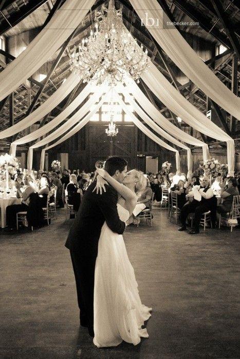 sweet atmosphere: First Dance, Wedding Receptions, Dreams, Wedding Ideas, Barn Weddings, Barns Receptions, Wedding Photos, Barns Wedding, Ceilings Decor