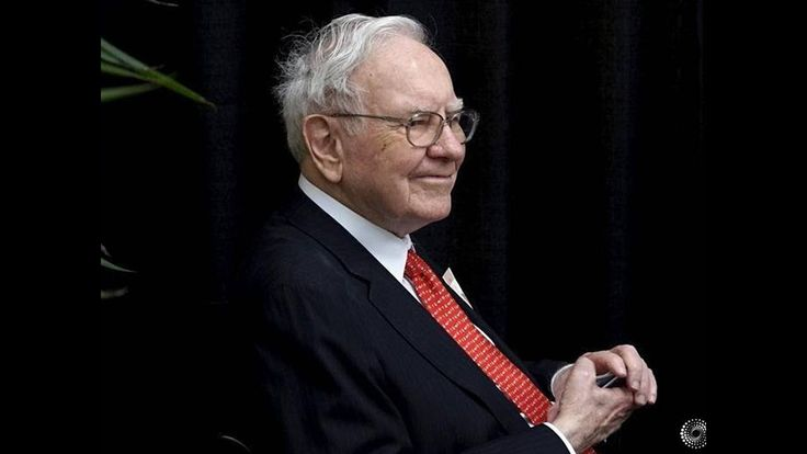 Berkshire Hathaway's stock price touches $300,000, as Warren Buffett at ...