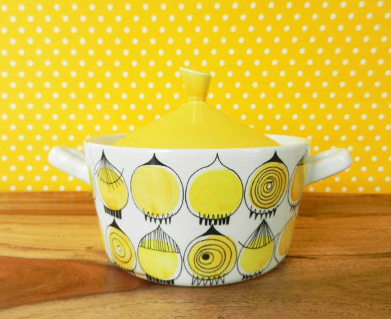 Very rare vintage serving dish Rörstrand Picknick yellow Marianne Westmann  Sweden 60s