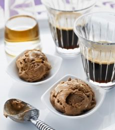 Roasted Hazelnut Ice Cream Affogato. The Italians have got it right – ice cream, coffee and liqueur, all in the one glass. #Easy! #baking #coffee To view the #CADBURY product featured in this recipe visit https://www.cadburykitchen.com.au/products/view/baking-block/