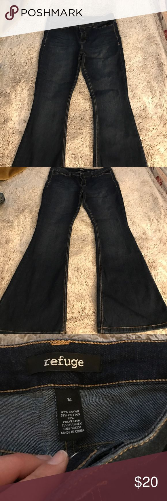 Women's flare jeans size 14 From Charlotte Russe. New without tags. Size 14 they are super cute. Jeans Flare & Wide Leg