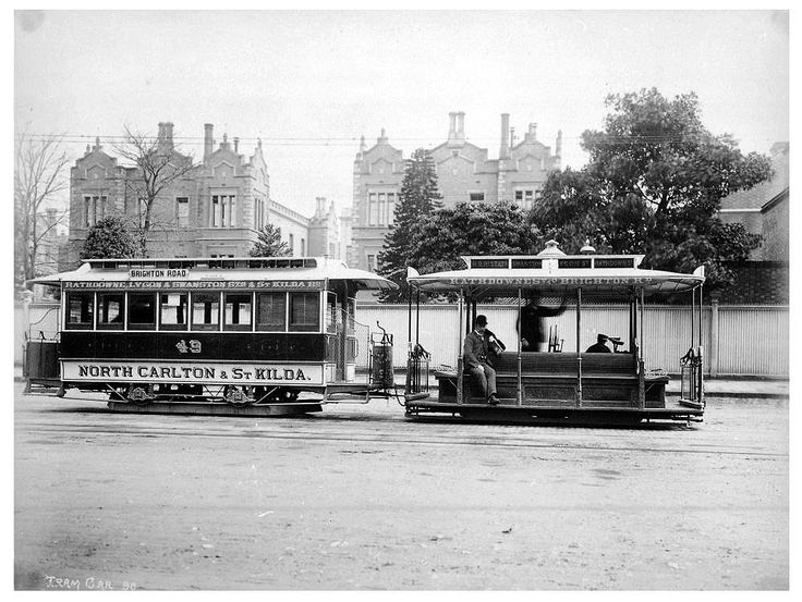 Cable tram dummy and trailer on the St Kilda Line in Melbourne in 1905.