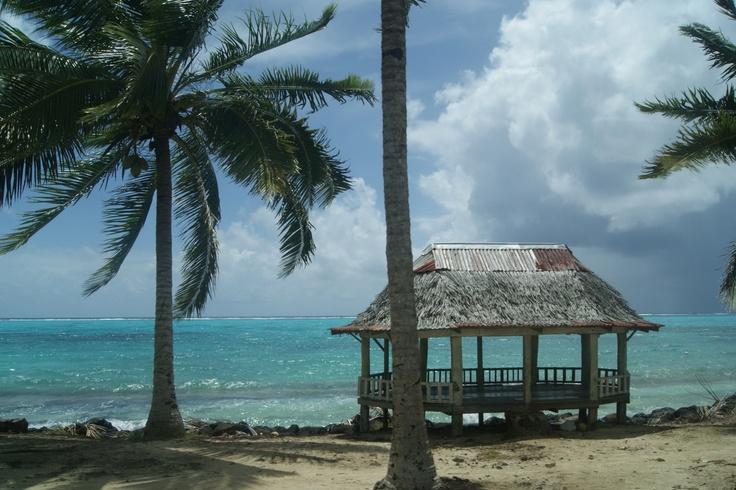 #TRAVEL:  Beach scene with fale, Savaii, #Samoa.    Photo Credit: Dawne Rudman