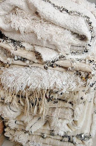 daileyray Inspired: Moroccan wedding blankets e-mosaik.com                                                                                                                                                                                 Mehr