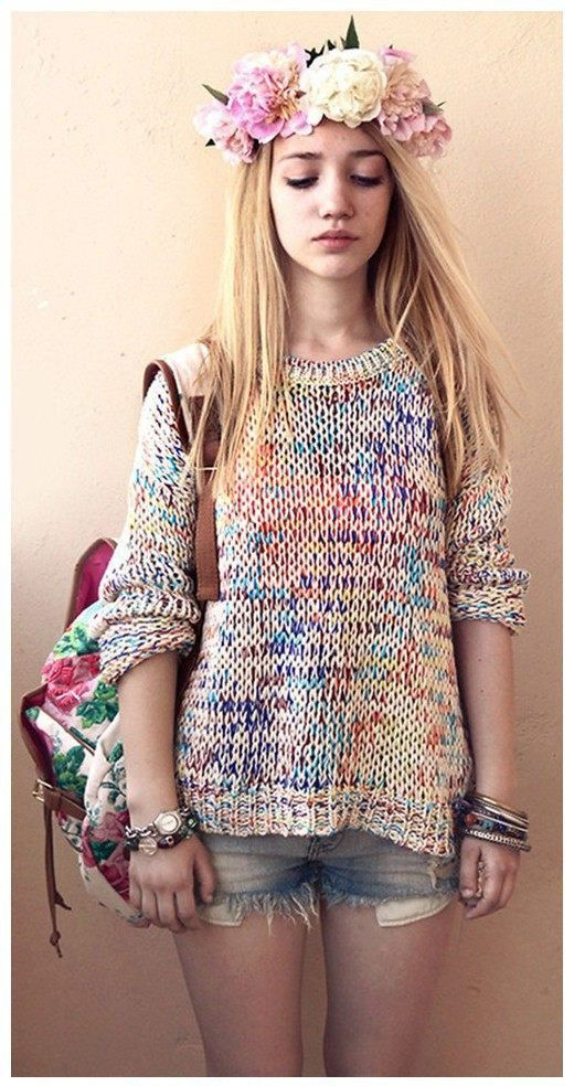 This Rainbow Pullover is so beautiful, I want it so much!