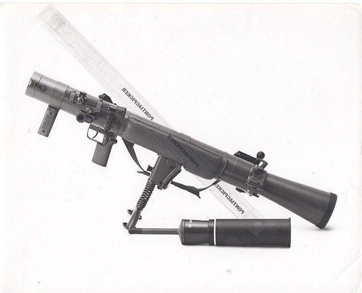 "RCAF 84mm Carl Gustav Anti-Tank Weapon Launcher Gun Military Vtg 8x10"" Photo"