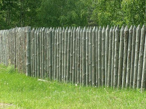 Забор-частокол своими руками