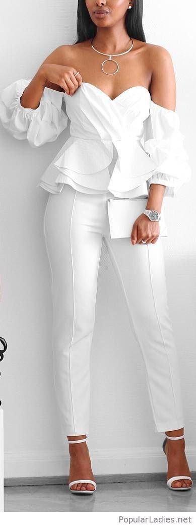 Absolutely in love with white ruffles this season! The gold necklace detail is lovely too. Find more women's fashion inspiration on www.chicpursuit.com ♡