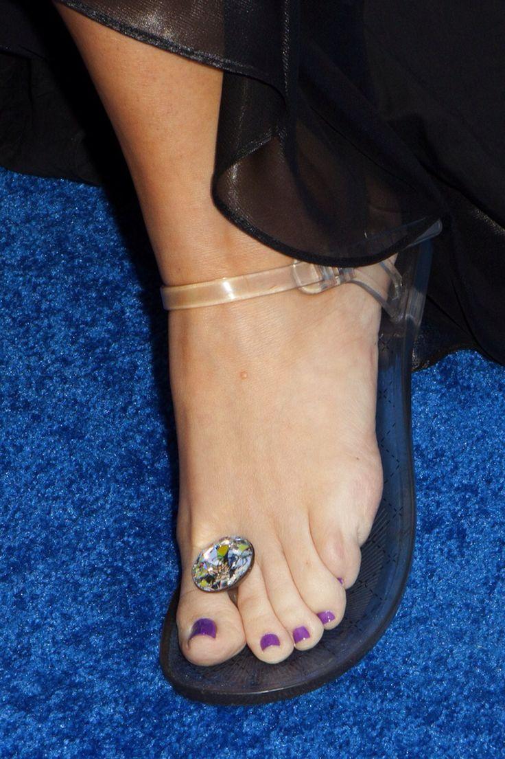 Khlo Ardashian Shoe Size