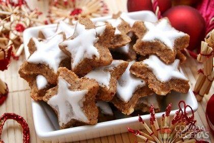Receita de Petit four de Natal em receitas de biscoitos e bolachas, veja essa e outras receitas aqui!
